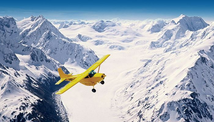 Activities at Mountainview Makarora Accommodation include breathtaking scenic flights